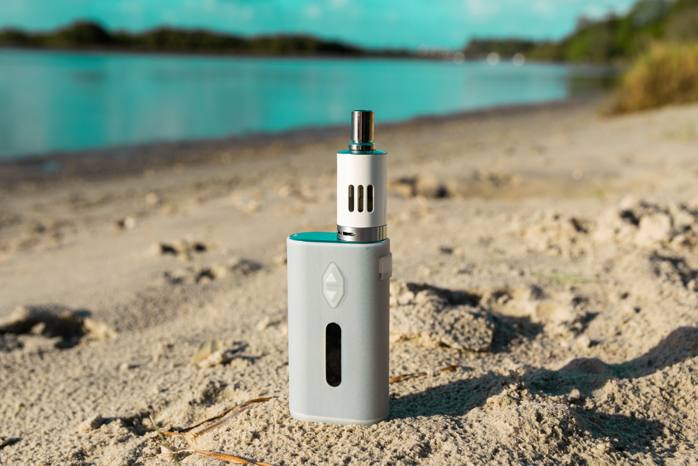 VaporFi Australia - 5 Ways to Protect Vaping Devices From Beach Sand ECig